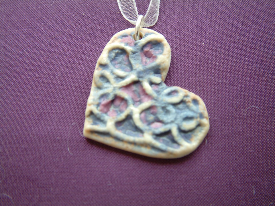 Ceramic imprint heart