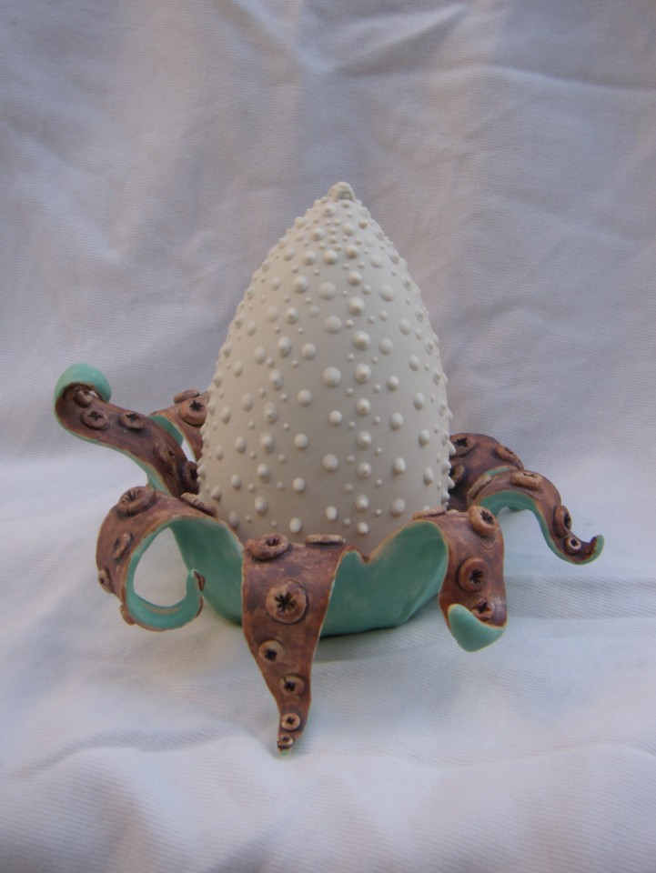 Spine tentacle urchin scuplture