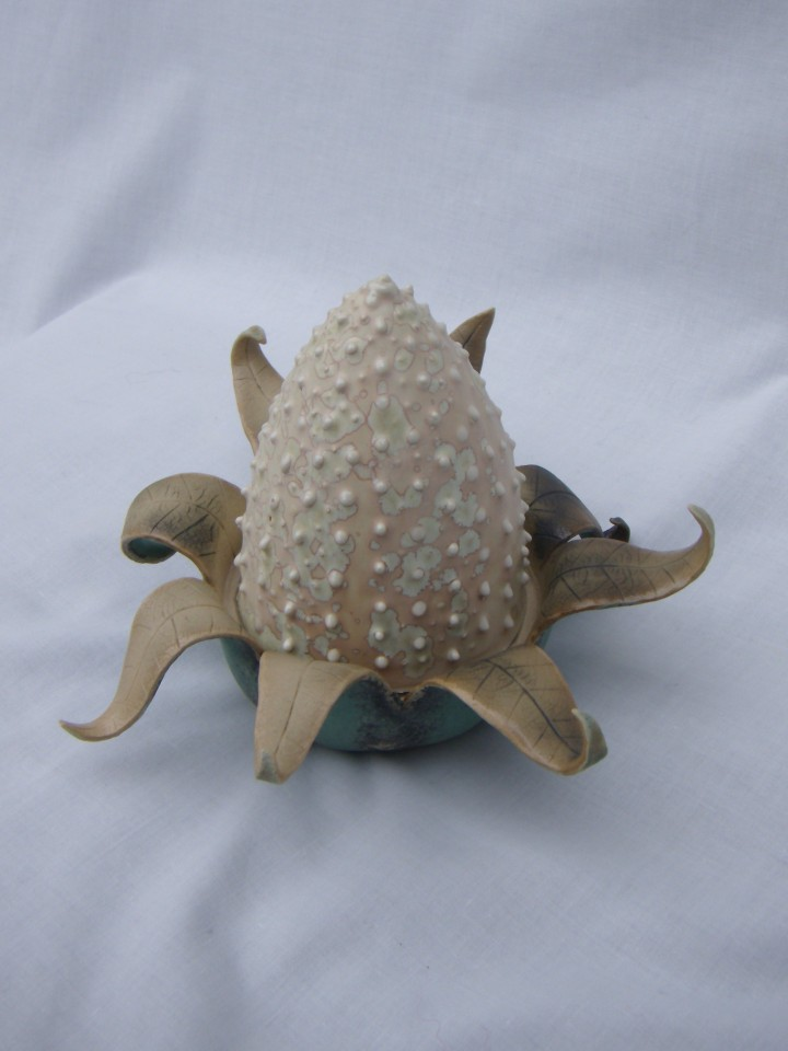 Leaf urchin scuplture alt view