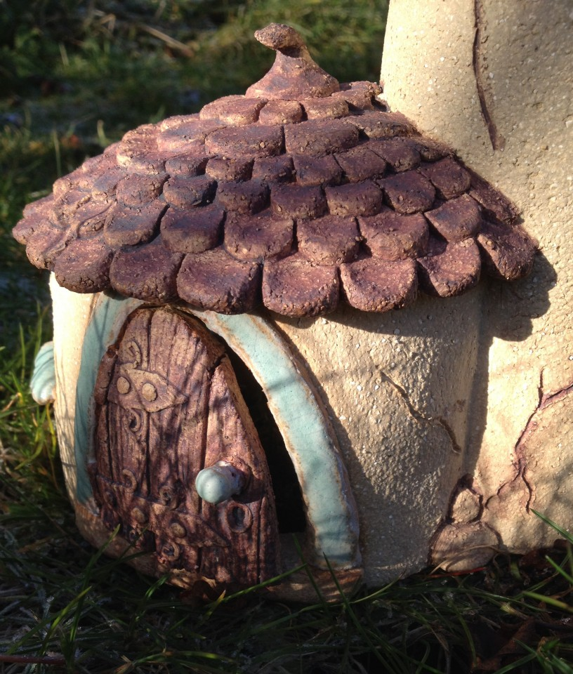 Round fairy house front door detail